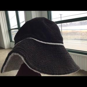 Juicy Couture Terry Reversible Bucket Hat NTW